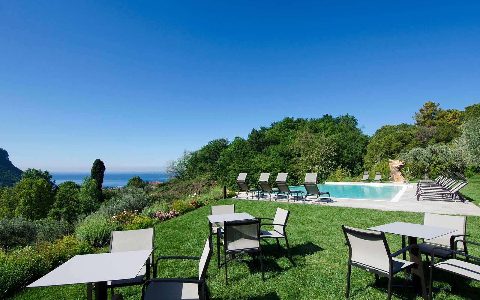 PISCINA<br>CA' BARBINI RESORT - GARDA