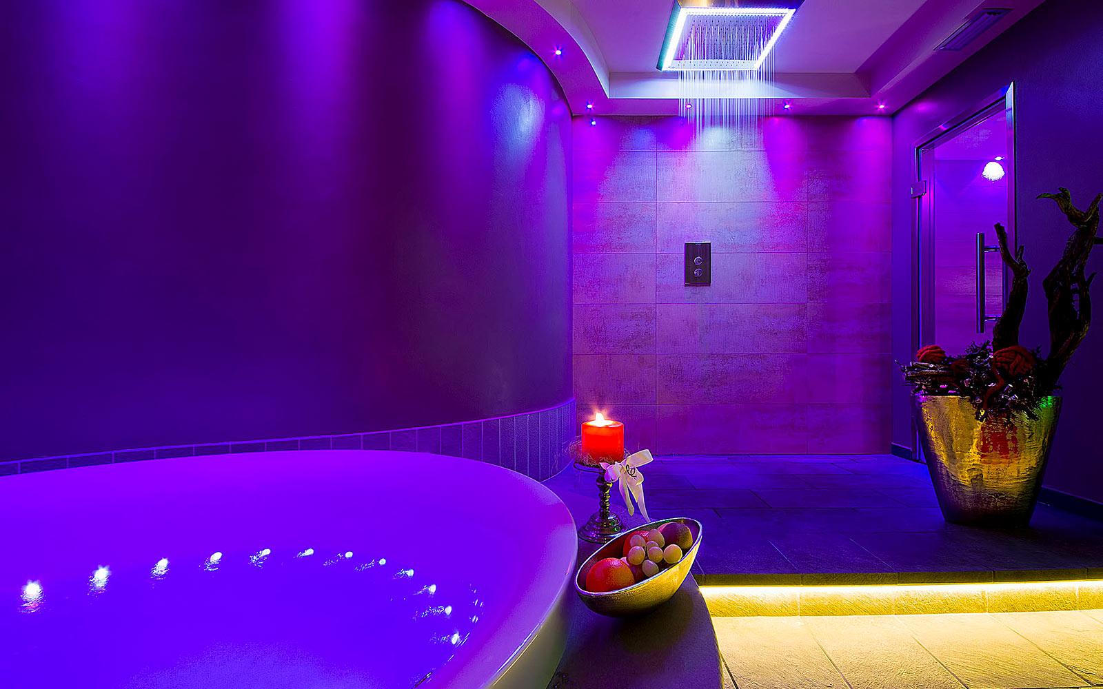 PRIVATE SPA<br>HOTEL AMBASSADOR - LEVICO