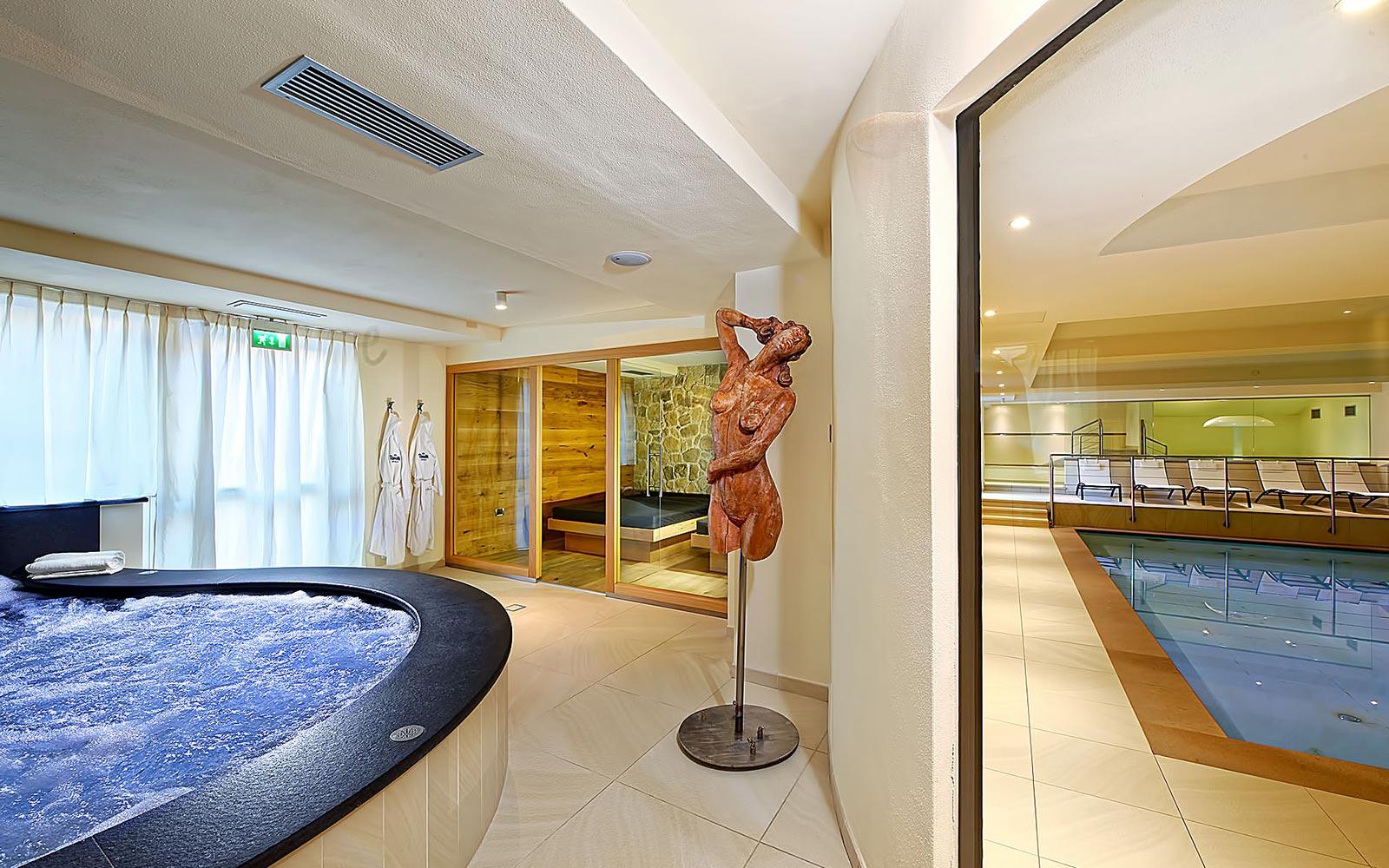 IDROMASSAGGIO<br>HOTEL SPORTING - MEZZANA