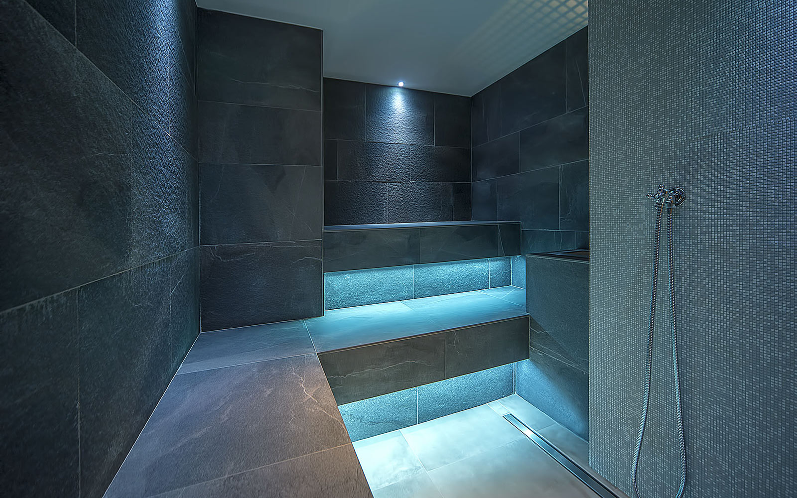 https://www.sanae.it//assets/img/projects/spa-anfra/bagno-turco-spa-anfra-foggia.jpg