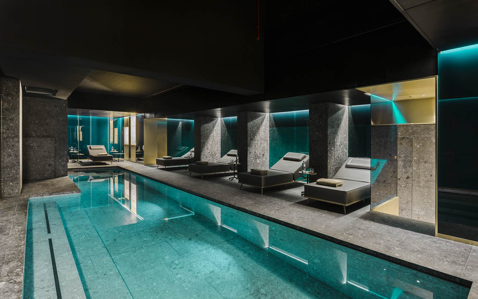PISCINA<br>CERESIO7 GYM & SPA - MILANO