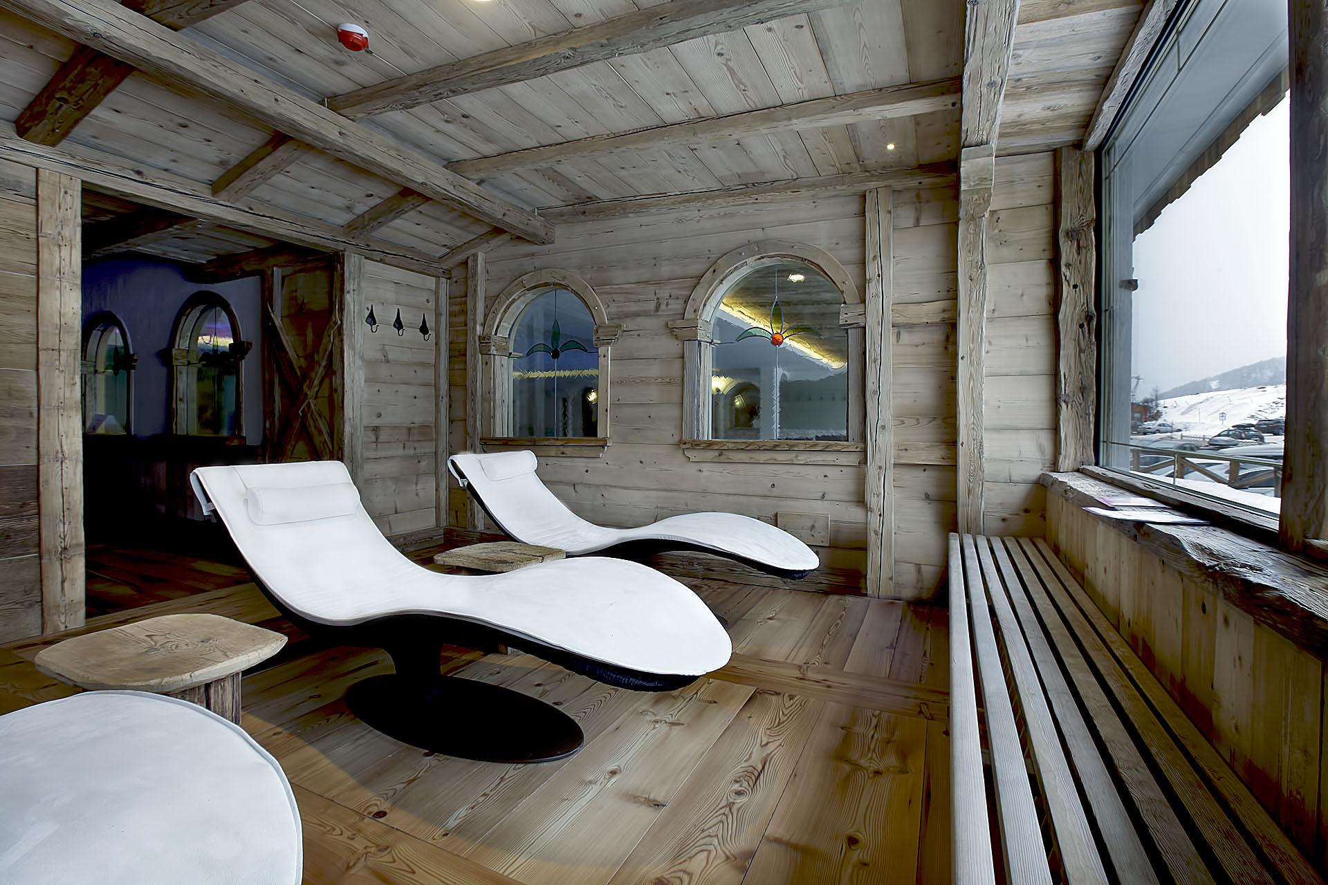 AREA RELAX<br /> HOTEL ARNIKA - SAN PELLEGRINO