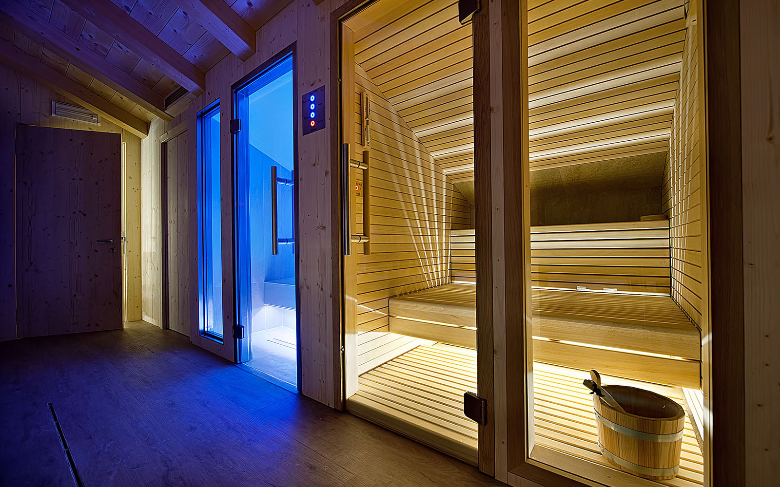 PRIVATE SPA<br>HOTEL AL BIVIO - LIVIGNO
