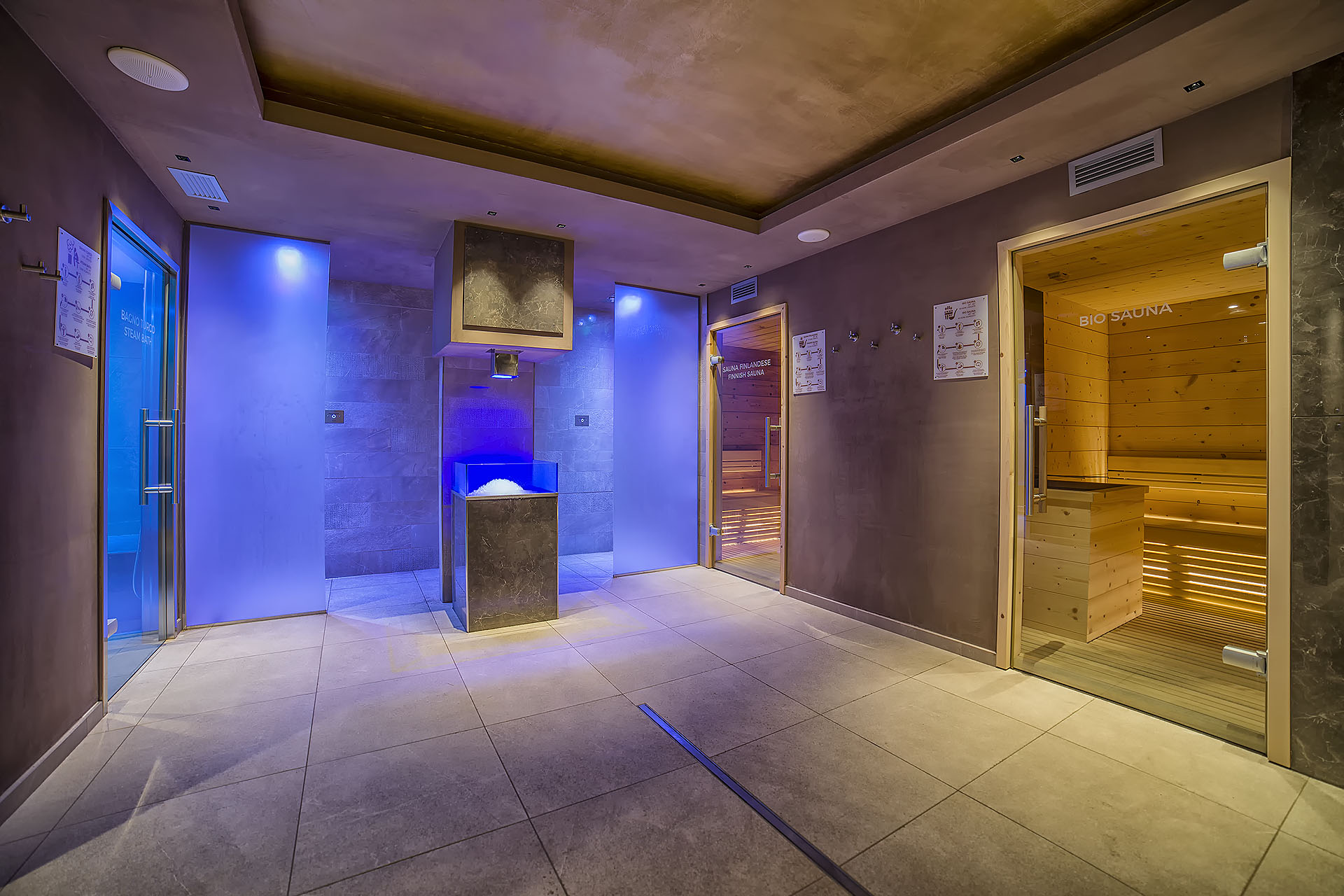 AREA WELLNESS<br /> ACTIVE HOTEL FRANCESIN - LIVIGNO