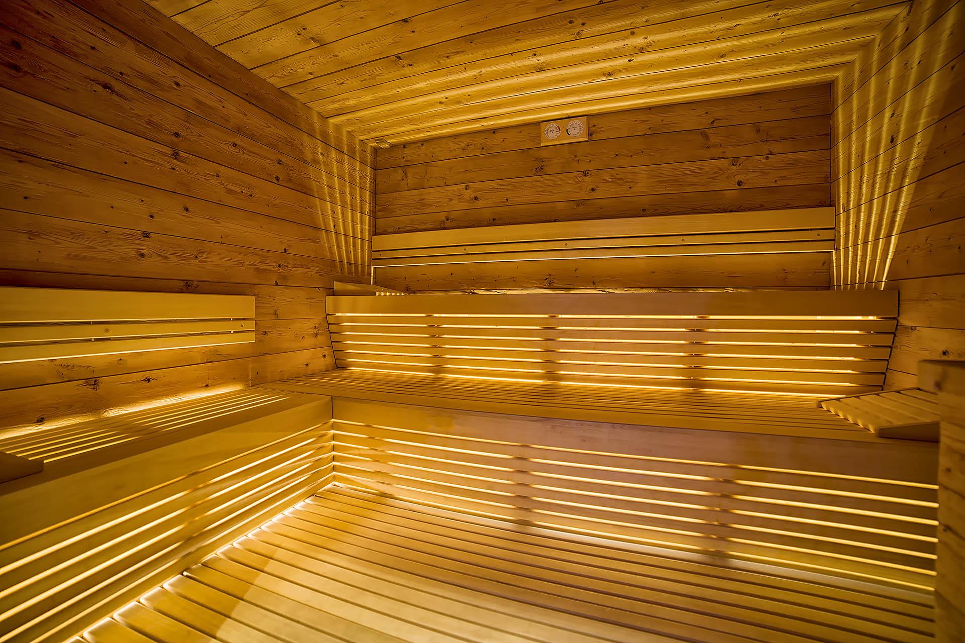 SAUNA FINLANDESE<br /> ACTIVE HOTEL FRANCESIN - LIVIGNO