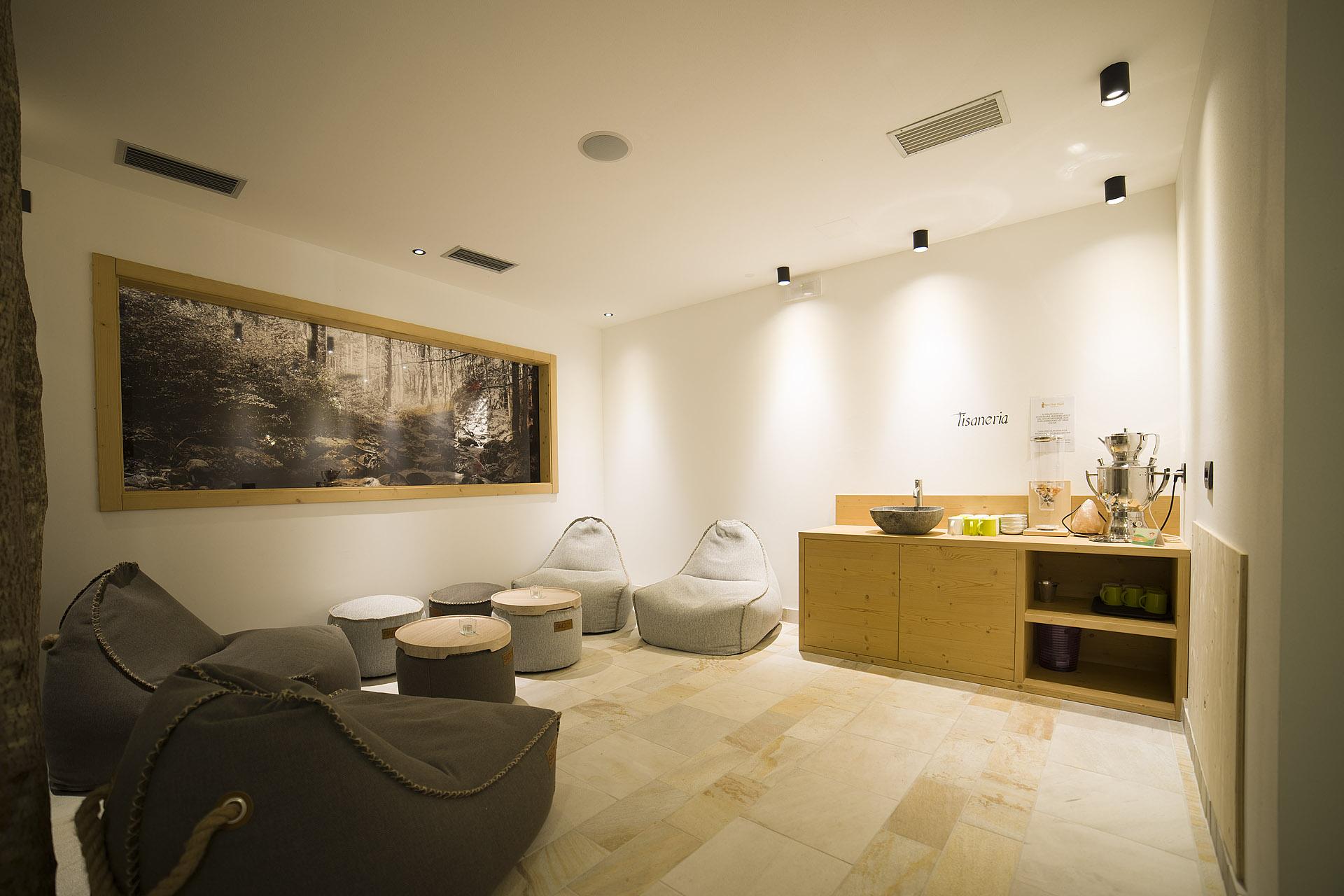 TISANERIA<br /> HOTEL MAJARE' - POZZA DI FASSA