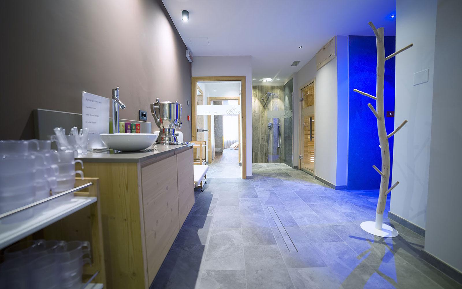 ZONA TISANERIA<br />HOTEL REGENT'S - ANDALO