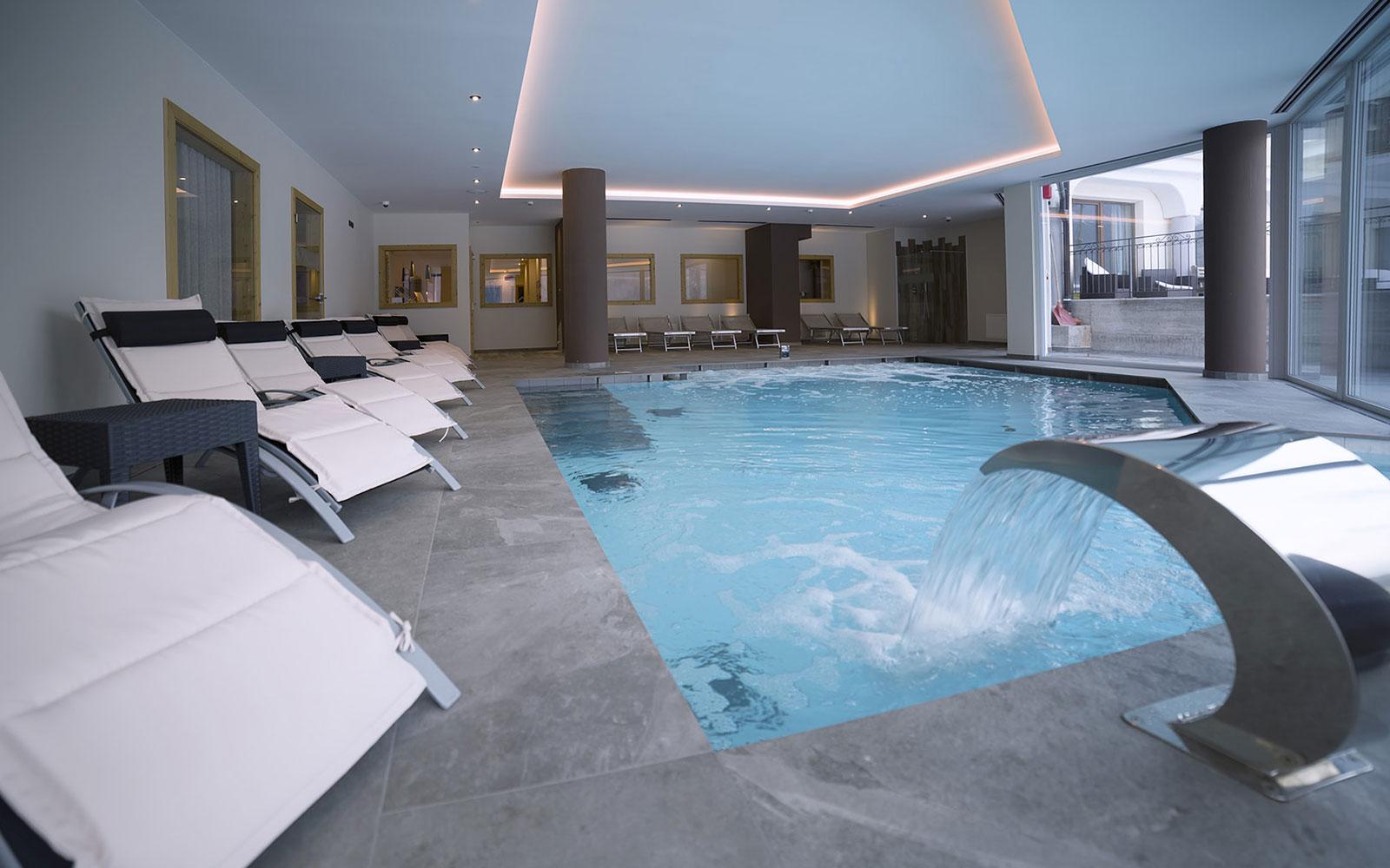 PISCINA INTERNA<br />HOTEL REGENT'S - ANDALO